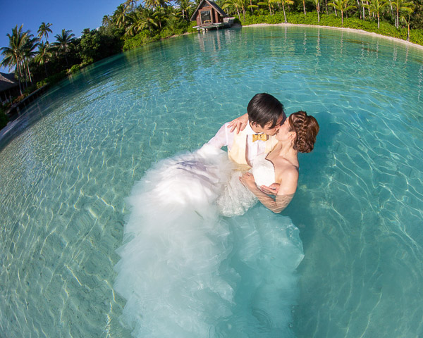 Trash the dress bora bora